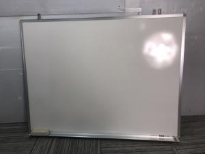壁掛け用ホワイトボード入荷【イトーキ製】【福岡在庫商品】