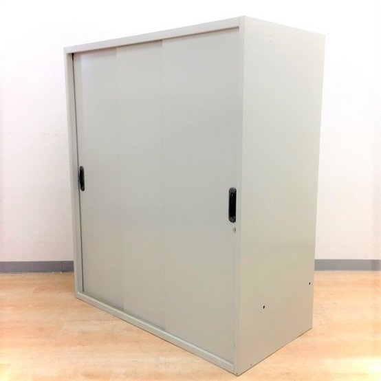 【2枚戸より出し入れ簡単!】■プラス・3枚引き戸書庫■通路に置いて省スペース化!【ベースなし】