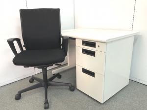 6セット限定!!【シンプルで充実の機能性の片袖机とオフィスシーティングの基本性能を最大限にまで向上させたオフィスチェアのセット商品です!!】