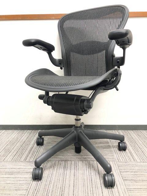 【超レア!!】新品未使用品のアーロンチェア!!チェア界の王様とはこの椅子!!【完売必至!!】