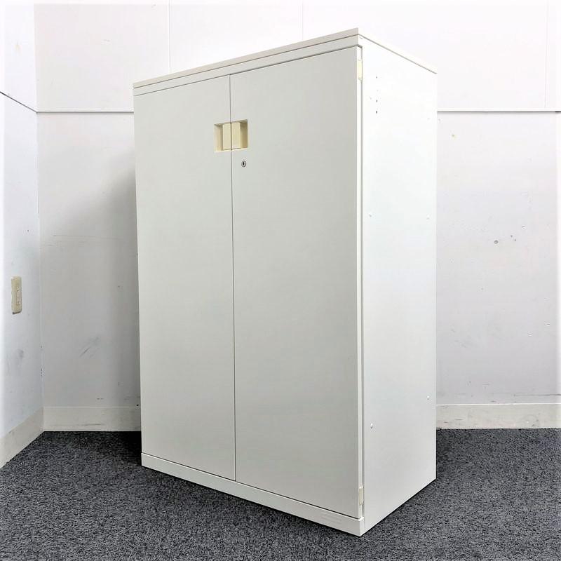 【4台入荷】ホワイトの良好観音開き書庫入荷!!並べてかっこよく決まります