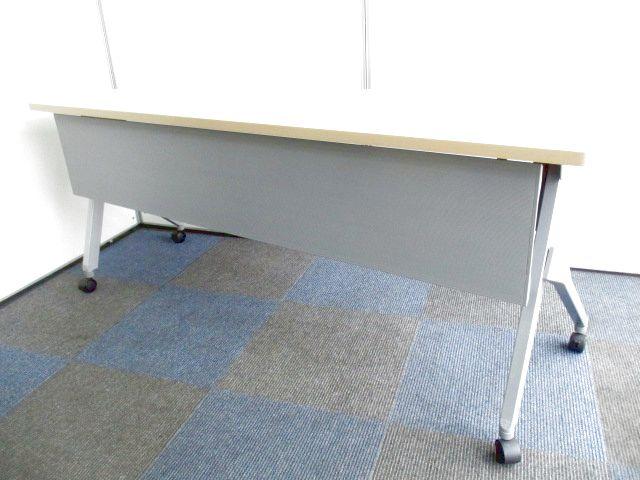 【6台まとめて入荷!会議室が作れます!】折り畳み収納可能なスタックタイプ【おしゃれな木目調!】