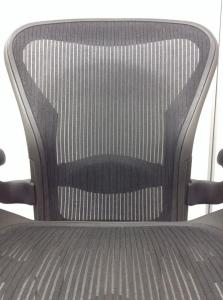 【おつとめ品】肘に破れあり メッシュチェアの王道!アーロンチェア入荷![Aeron chair](中古)