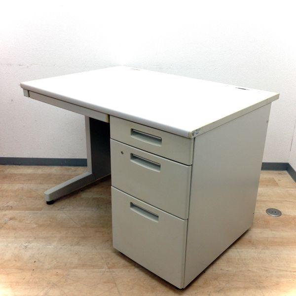 【在庫豊富です】1000mmのコンパクトデスクで事務所を広く使いましょう!