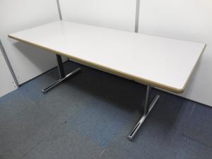 【早い者勝ち!】おしゃれなミーティングテーブル1台入荷いたしました!W1800の大型テーブル!ミーティング用としても応接用としてもおすすめです!