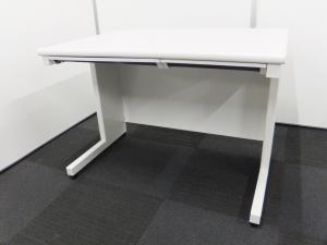 【人気のホワイトカラーデスクが1万円切りましたー!】コンパクトな事務机をお探しの方にオススメ!