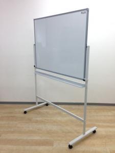 プラス製のホワイトボード入荷致しました!!オフィスの会議室に必須!!