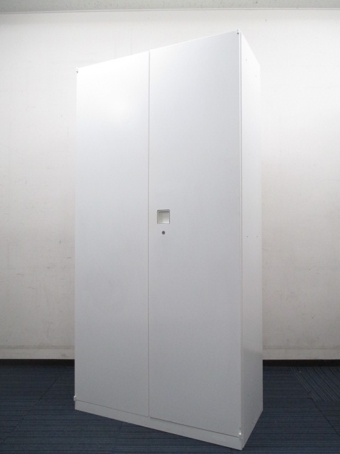 【残り1台】【大収納量タイプ】中の物が一目で分かる両開き書庫(ハイキャビネット)!明るめのホワイトカラー!