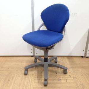 【大量入荷!】事務椅子としておすすめなブルーの国内メーカーチェア入荷しました!
