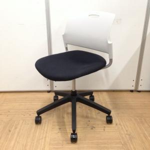 【8脚入荷!】キャスター付きミーティングチェアなので会議用やパソコンチェアにおすすめです!|内田洋行製