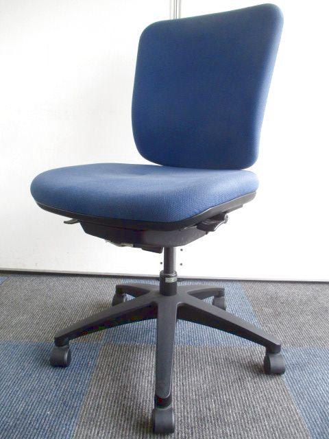 【クッション性に優れてます】シンプルなオフィスチェア【定番のブルー色】