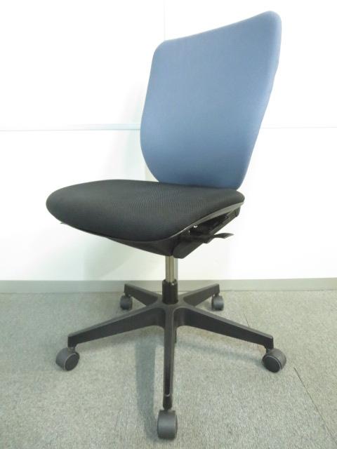 【快適に座れる調整機能満載!】■イトーキ プラオチェア(PRAO) ■腰にフィットするランバーサポート付