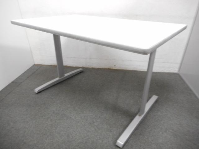 ■オカムラ製 ミーティングテーブル(W1500mm)■天板ホワイト 脚シルバー