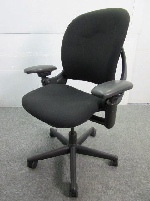 ◆ロット7脚◆スチールケース製~リープチェア~腰が悪い方・ご自身用にこだわった椅子を検討されている方におすすめ!
