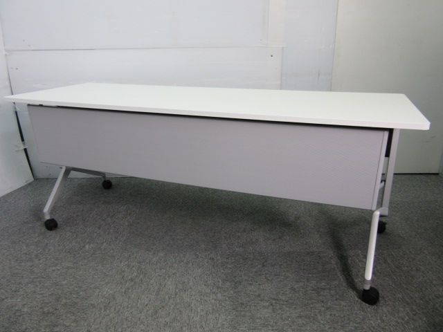 ◆数量5脚◆1800幅のサイドスタックテーブル!会議用はもちろん事、休憩室や講義などでも活躍!