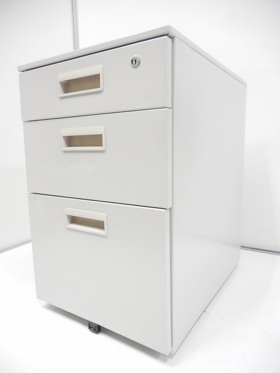 【2台のみの緊急入荷!】安い書類、ファイルの収納をお探しの方、必見!
