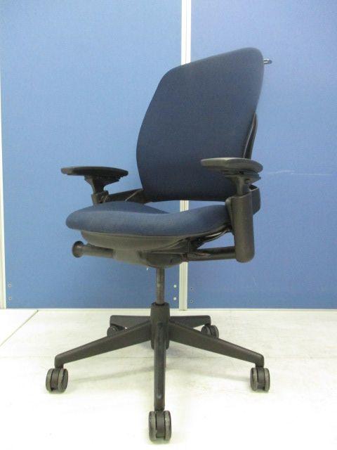 【スタイリッシュなブルー】長時間座っても疲れず、快適な座り心地を提供!!