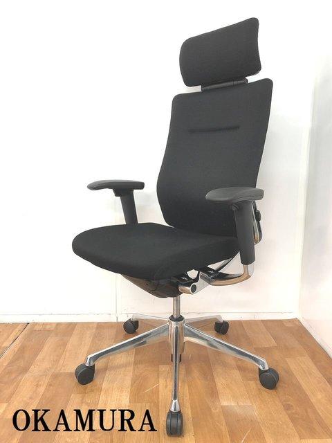【ヘッドレスト&可動肘&ランバーサポ―ト付ハイバックチェアで最高クラスの座り心地です!!】