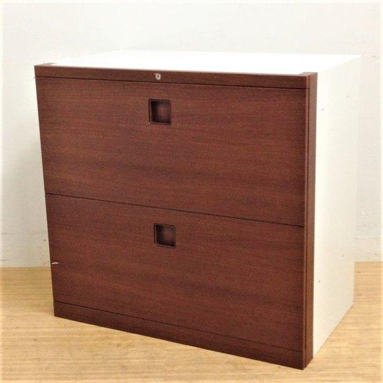 ブラウン色のシート張りがポイント!一味も二味も違うオフィス空間へ!オカムラ レクトライン