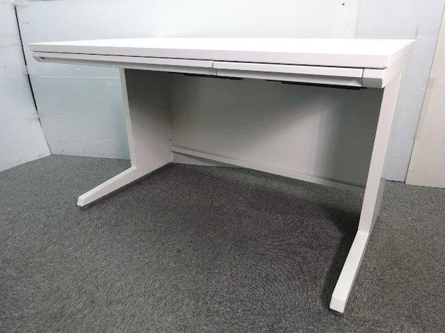 【オカムラ製定番商品】アドバンスシリーズ平机!ちょうどいい1200サイズ【ホワイト】