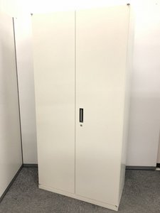 【3台入荷】オカムラ製品両開き書庫の入荷です!ホワイト色で希少な商品になります!