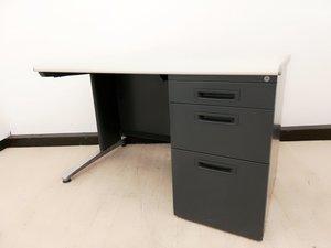 【薄い引出欠品の為特価!!】幅1200mm!!メーカー品の片袖机が入荷しました!3段収納+薄い引出が付いております!!【珍しいブラック色!!】