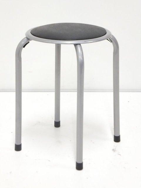 【新品】簡易的な丸椅子入荷!軽い!安い!新しい!(未使用)と三拍子揃ったおすすめ商品です!【パイプ椅子】