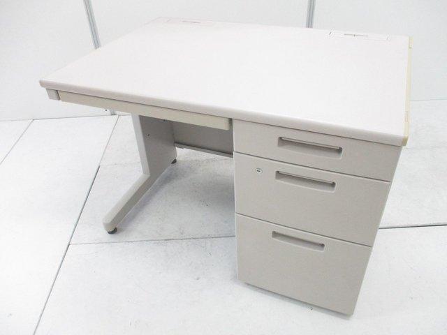 【4台入荷】コンパクトなサイズでどんなオフィスにもマッチするコクヨ製の片袖机