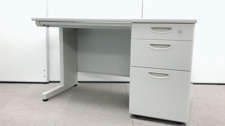 【定番オフィスデスク入荷しました!】ナイキ製 ニューグレー