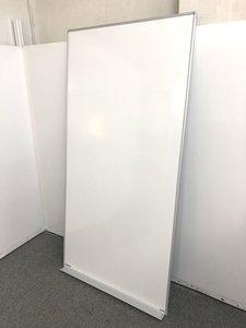 注目商品!!【壁掛け用縦型ホワイトボードが入荷しました!!】