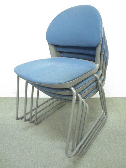 【柔らかな座り心地!】コクヨ製 スタッキングチェア4脚セット ブルー