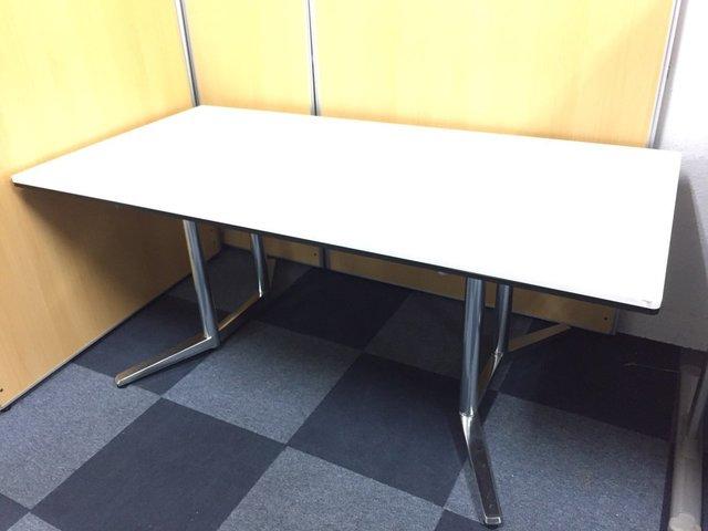 【シャープで洗練された空間を演出する】オカムラ製 ラティオⅡ■W1800mmサイズ・1枚天板・ホワイト 【大型会議テーブル】【RATIO2】