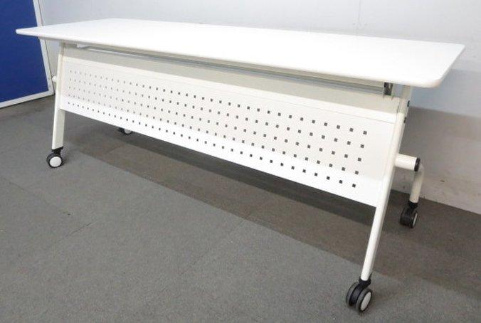■平行スタッキングテーブル ホワイト W1800×D600mm ■ラスト1点につき値下げしました!【J】