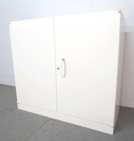 【状態良好!大量入荷!】■セイコー製 両開き書庫 ホワイト ■【デスクサイトにも置けるコンパクトサイズ!】【J】