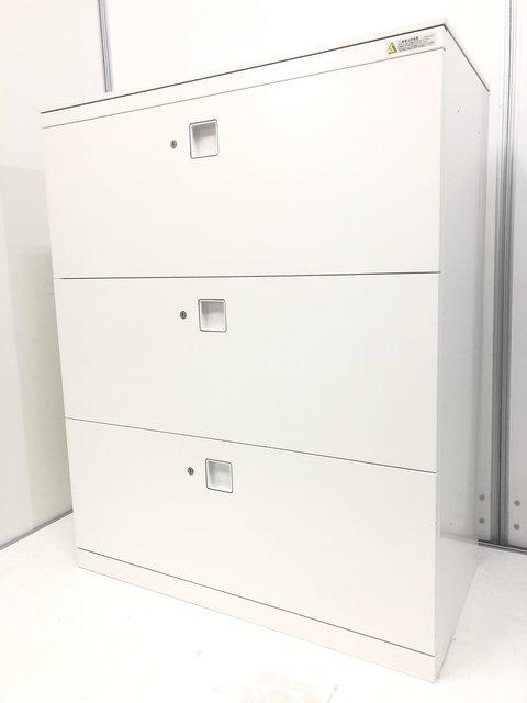 【各段に鍵がついてます!】A4ファイルが3段も大容量収納可能!事務所の整理にぜひ!