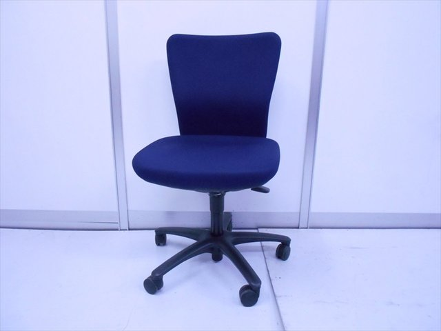 【倉庫在庫品】■迷ったらこちら!オフィスチェアを初めて座る人にオススメです!【TH-3】
