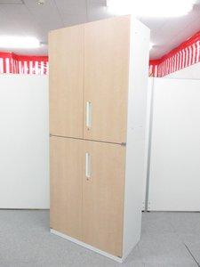 内田洋行製の上下両開き書庫セット入荷|今流行の木目調ナチュラルカラーで外面はホワイト!