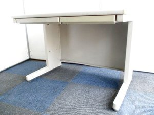 2台限定【限られたスペースに】コンパクトなオフィスデスク!在庫入替セール!