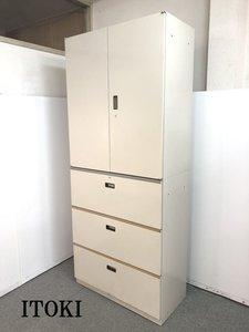 【書類が一望でき棚板調整で書類の管理のしやすい両開き書庫とセキュリティーもバツグンな3段ラテラル書庫のセット商品です!!】