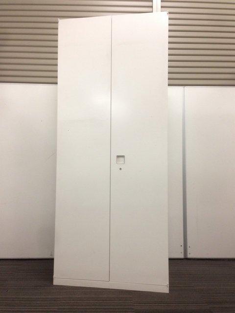 【限定1台入荷!】オカムラ製のホワイトワードローブ!美品です!【レクトラインシリーズ】