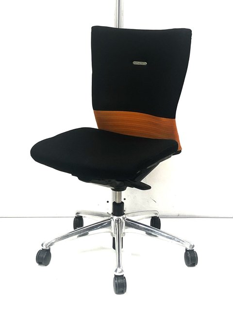【流行りの2トーンカラーが安い!】オカムラ製 フィーゴ シームレスタイプ オフィスに落ち着きの空間をもたらすオレンジ!