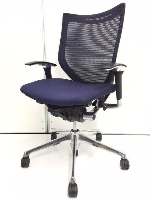 【5脚入荷!】高級チェアの代表作バロンチェアを入荷しました!人間工学の基づいて設計されており座り心地は極めて快適です。