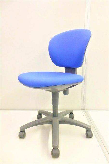 【迷ったら定番チェアで!】背もたれが自分の角度に傾いてくれます!事務椅子 オフィスチェア 肘なし ローバック[ローコストチェア]【J】