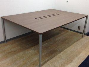 【高級感あるブラウンカラー】落ち着いた雰囲気の木目調ミーティングテーブル!