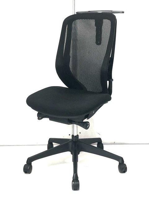 【座るだけで姿勢がよくなる】オカムラ製の疲れないオフィスチェア!デスクワーカーの方に!【残り一台】【限定一台】