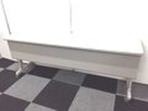 折り畳み可能!残り1台のためお安くしております!サイドスタックテーブル折り畳み出来ます!
