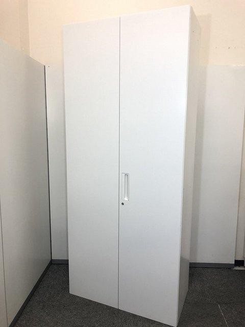 【状態良好品】の大容量収納書庫です!!ホワイトで空間も明るく使用可能です!!