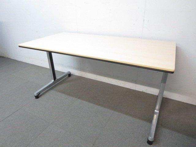 【ハイグレードなインターアクト!】■オカムラ製 会議用テーブル W1500mm ナチュラル木目カラー