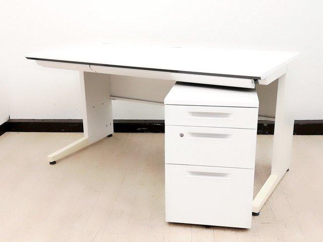 【ホワイトカラーセット!】仕事が捗る平机+ワゴン!人気のホワイトで清潔感溢れるオフィスに!【コクヨ製】