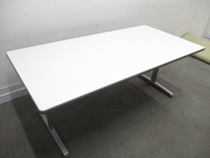 【状態良好!!】定番1800mmサイズのミーティングテーブル!お洒落なT字脚でスマートに!【限定1台】